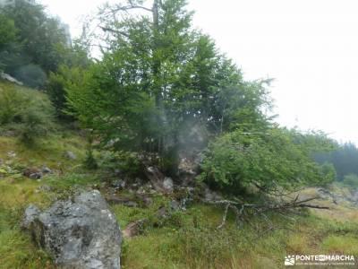 Parque Natural de Urkiola;rutas de senderismo en la rioja paisajes de ordesa santoña ruta del cabal